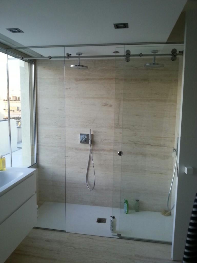 Mamparas de ducha y ba o cristaler as amaya for Mamparas de bano bauhaus
